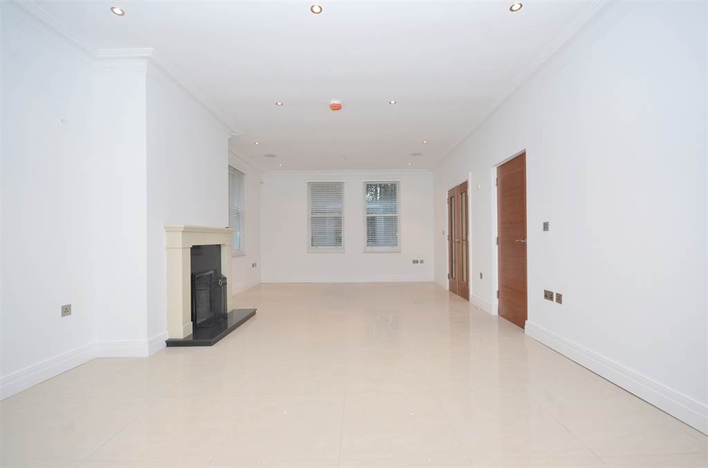 41 Apt 6 Notting Hill Gate